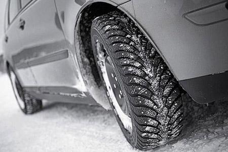 ГАИ начнет штрафовать водителей за летние шины