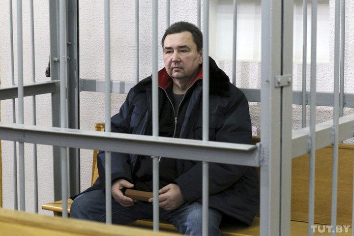Суд начался над бывшим директором стеклозавода «Неман»