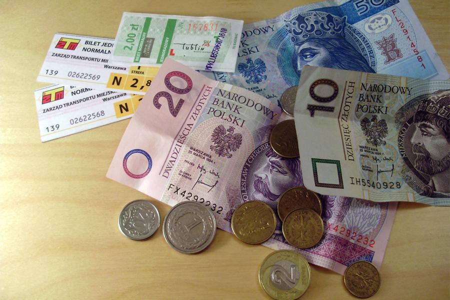 В Польше белорусы смогут получить денежное пособие по безработице