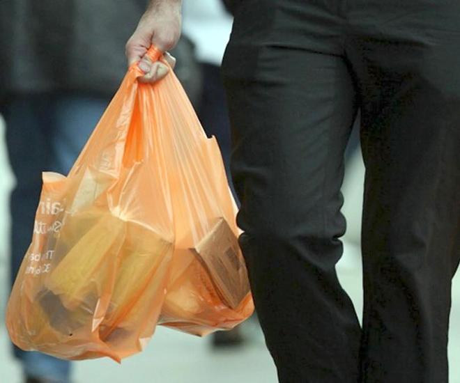В Минске мужчина убежал из магазина с продуктами, услышав их цену
