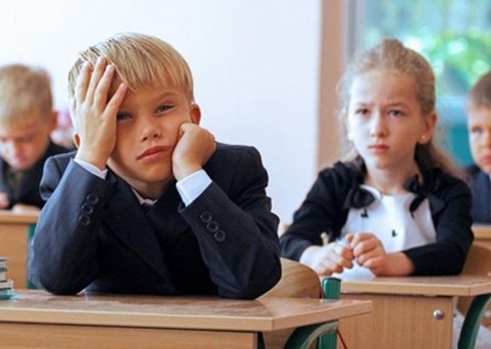 В Беларуси школьникам будут ставить оценки по новым нормам