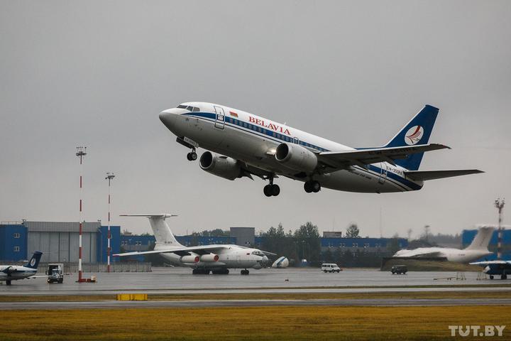 «Белавиа» вводит новые тарифы, безбагажный перелет и увеличивает вес ручной клади