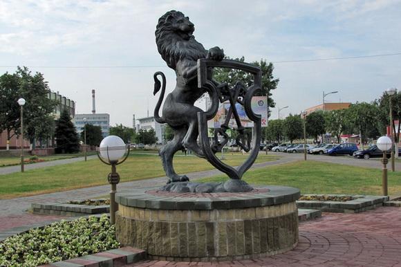 Памятник «Бронзовый герб города»