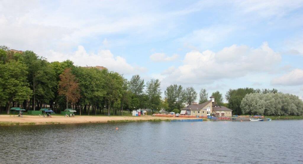 В Лидском озере вновь разрешено купание