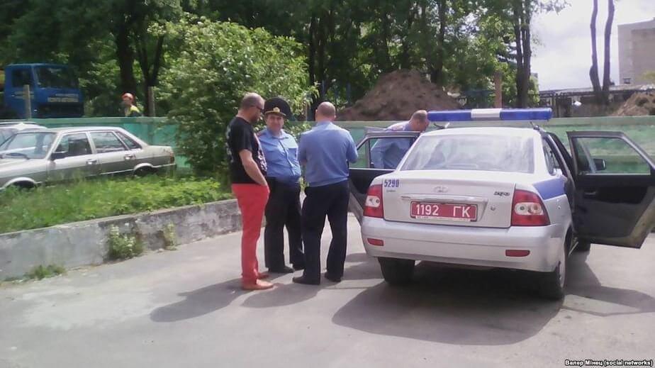 Хозяину агроусадьбы в Лиде милиция угрожает проблемами за концерт Войтюшкевича