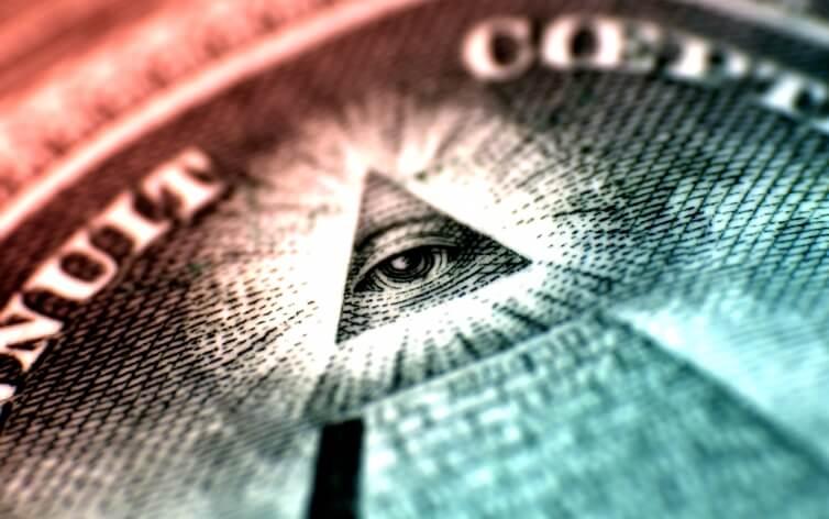 Пенсионер из Березовки вложил в финансовую пирамиду более 4 тысяч долларов