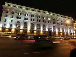 Нацбанк поворачивает вкладчиков лицом к рублю
