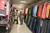 Белорусы сметают одежду в секонд-хэндах