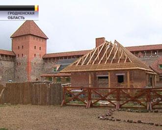 Замок XIV века и современный стадион в Лиде претендуют на звание долгостроев